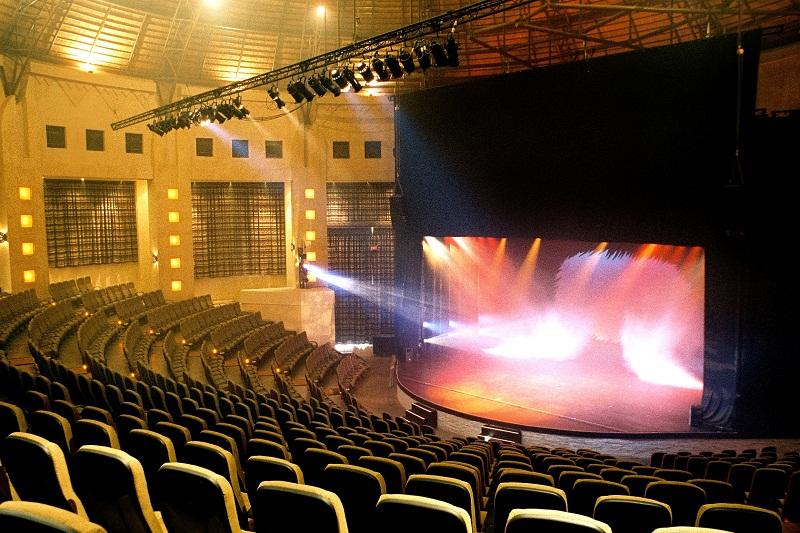 iZulu theatre interior.RS
